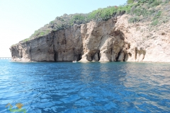 05 Costa con grotte Procida