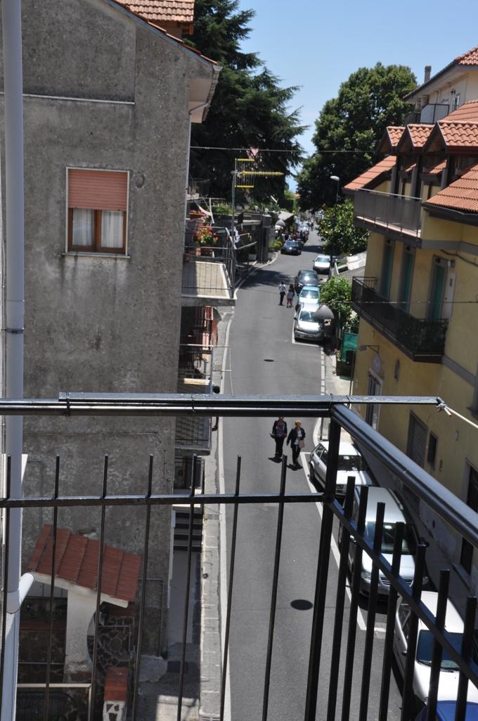 12 Vista dal balcone