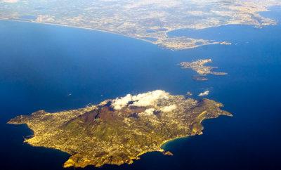 Inhoming Come arrivare a Ischia?