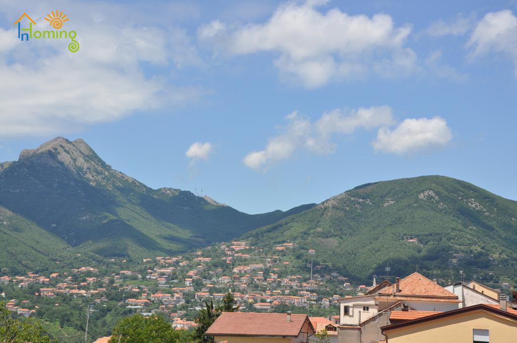 01 Panorama del monte Faito