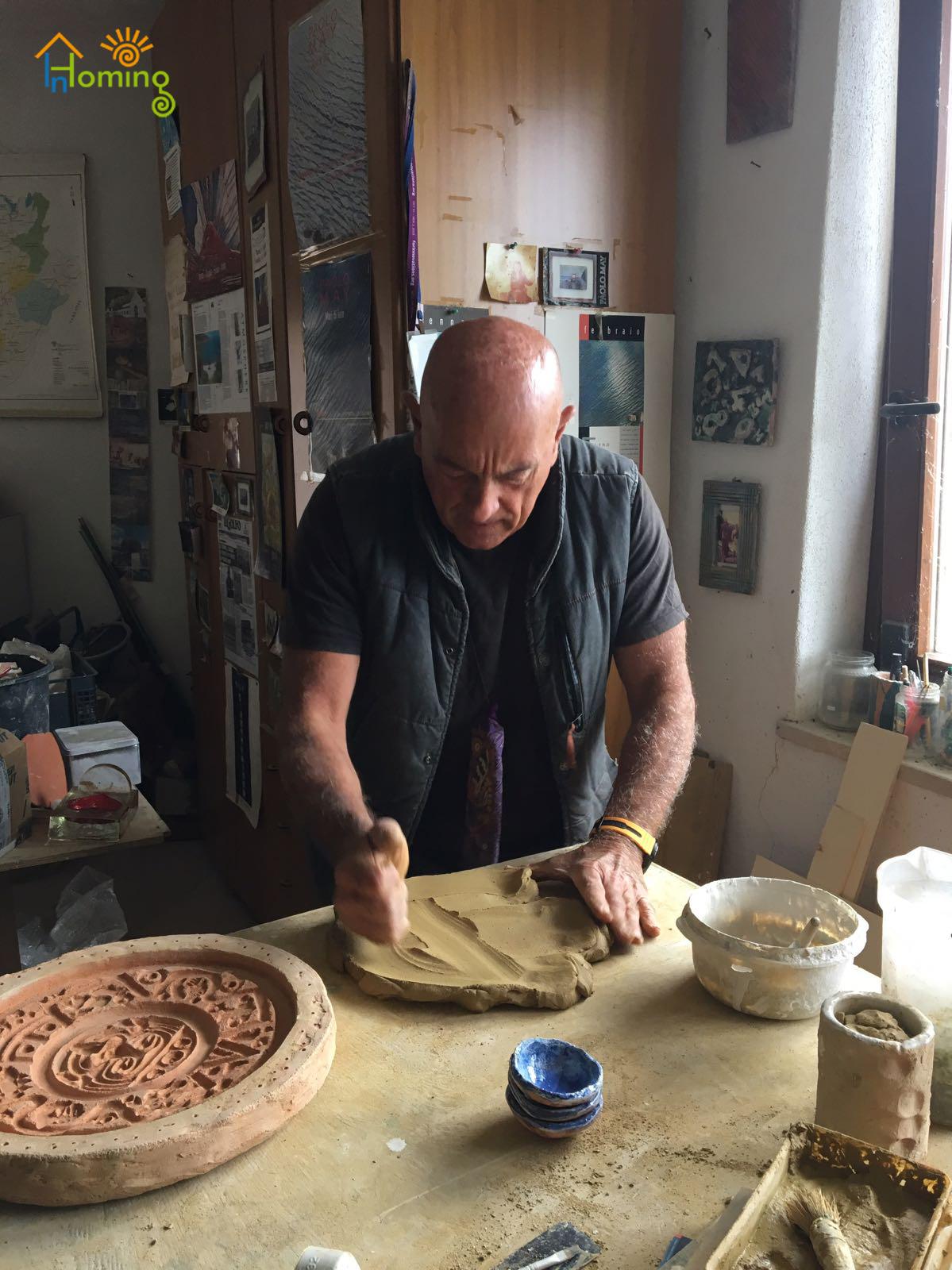 38 Maestro di ceramica Paolo May
