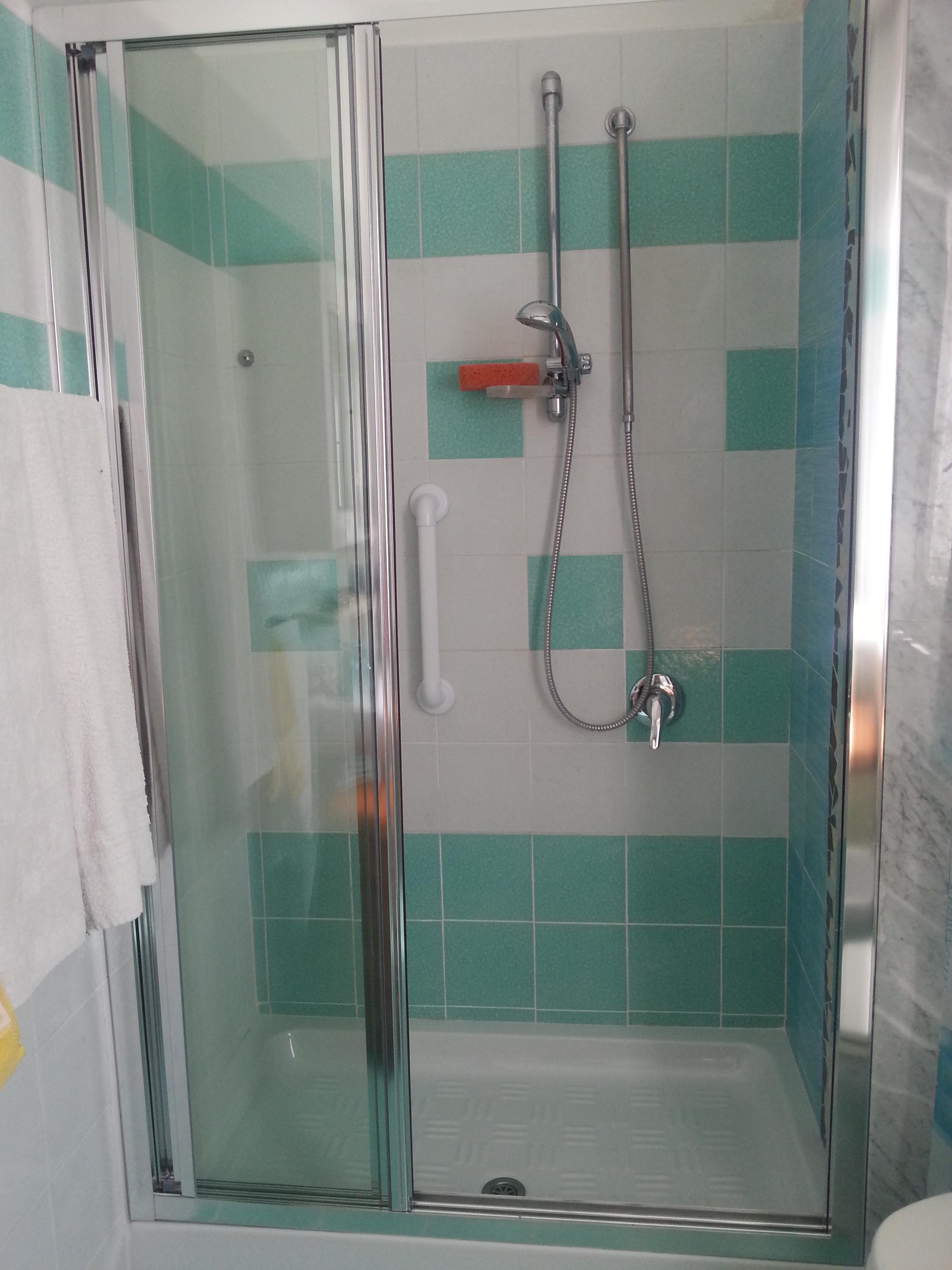 Rinnova il tuo bagno - Foto fine lavori